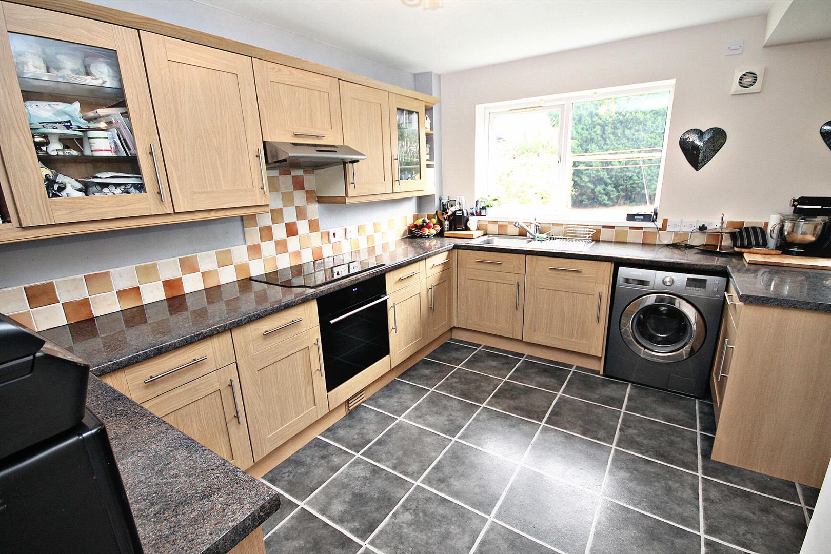 3 Bedrooms Semi Detached House for sale in Gardners Place, Langley Moor, Durham